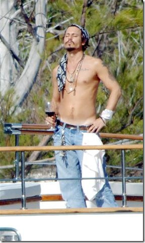 johnny-depp-shirtless